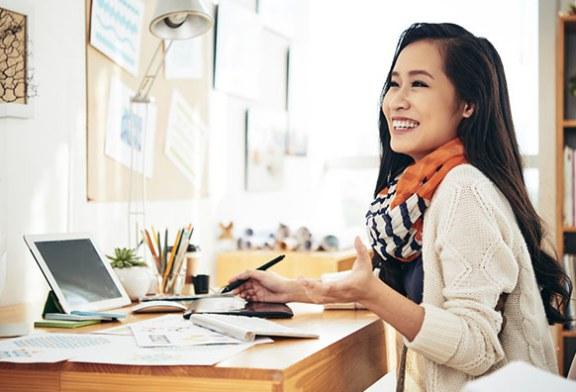 8 ویژگی زنان شاد در محل کار این است