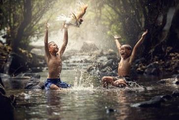 چرا و چطور دیگران را شاد و خوشحال کنیم؟